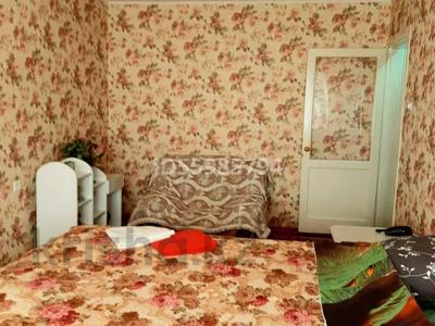 1-комнатная квартира, 30 м², 5/5 этаж посуточно, 12-й микрорайон, 12-й микрорайон за 8 000 〒 в Шымкенте, Енбекшинский р-н — фото 2