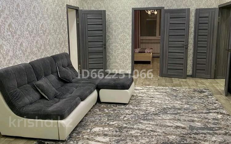6-комнатный дом, 240 м², мкр Кунгей за 35 млн 〒 в Караганде, Казыбек би р-н