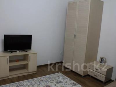 1-комнатная квартира, 37 м², 1/2 этаж посуточно, Талдыкорган 125 — Ж.Жабаева за 11 000 〒 — фото 2