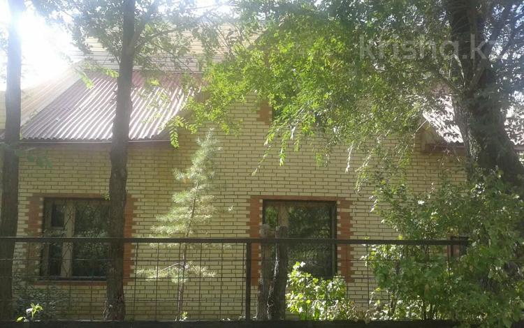 6-комнатный дом, 140 м², 6 сот., Столичная 7 за 21 млн 〒 в Караганде, Октябрьский р-н