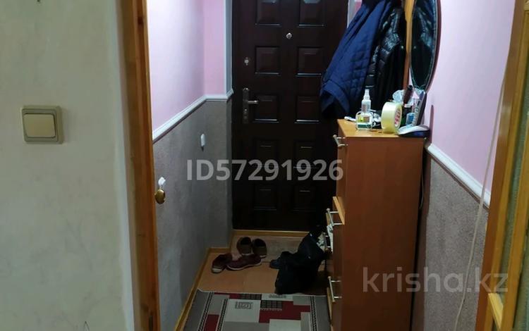 3-комнатная квартира, 56 м², 2/4 этаж, Гурьевская 6 за 11 млн 〒 в Атырау