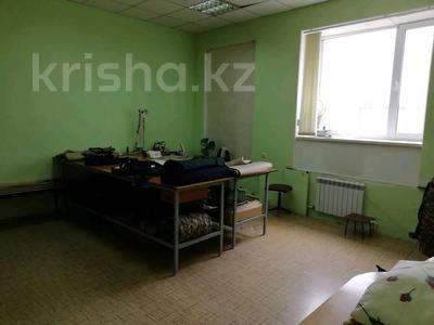 Здание, площадью 820 м², Майкудук 202 за 65 млн 〒 в Караганде — фото 18