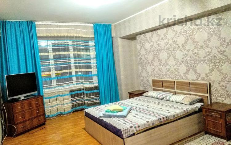 1-комнатная квартира, 35 м², 2/4 этаж по часам, Наурызбай батыр 25 — Жибек Жолы за 1 000 〒 в Алматы, Алмалинский р-н