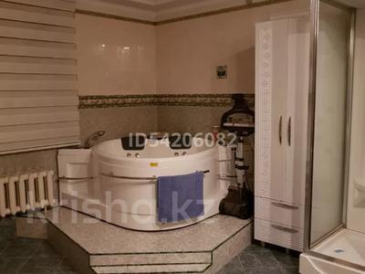 7-комнатный дом, 450 м², 12 сот., Мирный за 52 млн 〒 в Усть-Каменогорске — фото 12