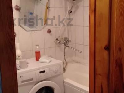 2-комнатная квартира, 43 м², 4/5 этаж помесячно, 20 квартал за 60 000 〒 в Семее — фото 9