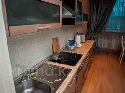 2-комнатная квартира, 80 м², 7/15 этаж посуточно, Хусаинова 225 за 13 000 〒 в Алматы, Бостандыкский р-н — фото 22