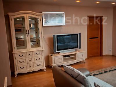 2-комнатная квартира, 80 м², 7/15 этаж посуточно, Хусаинова 225 за 13 000 〒 в Алматы, Бостандыкский р-н — фото 25