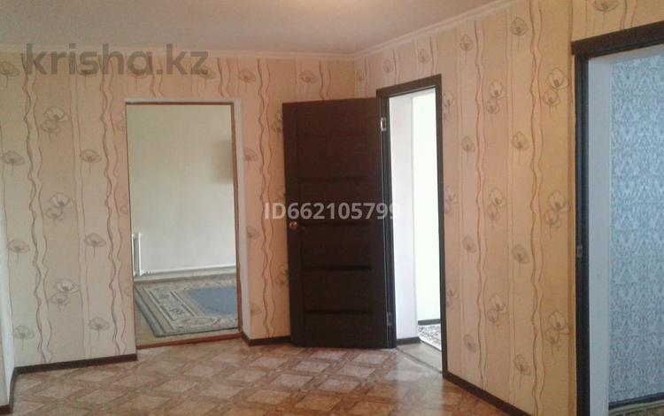6-комнатный дом, 90 м², 10 сот., Пригородный 2 1 за 9.5 млн 〒 в Актобе