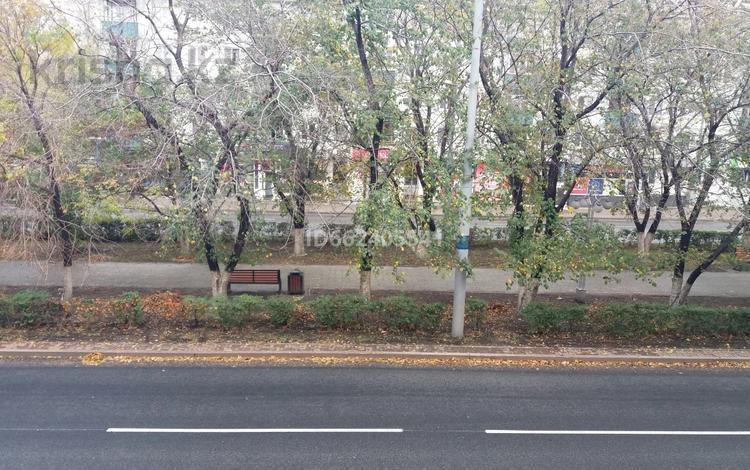 3-комнатная квартира, 62 м², 2/5 этаж, Назарбаева 53 за 14.5 млн 〒 в Усть-Каменогорске