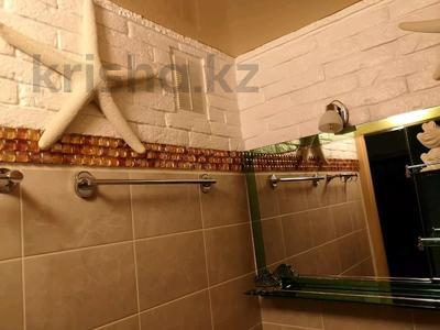 2-комнатная квартира, 47 м², 3 этаж помесячно, 8-й мкр, 8-я улица 18 за 200 000 〒 в Актау, 8-й мкр — фото 14