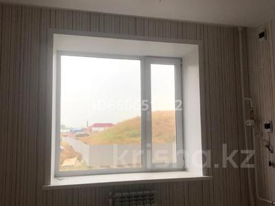 2-комнатная квартира, 64.6 м², 1/6 этаж, Юбилейный за 14.8 млн 〒 в Костанае — фото 2