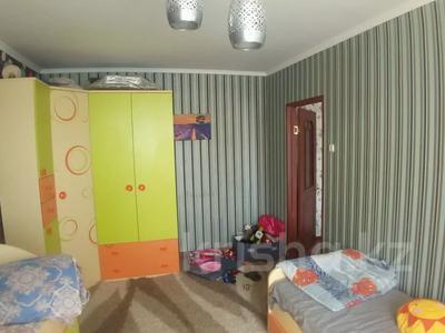 3-комнатная квартира, 68.3 м², 9/9 этаж, Ауэзова (8 мкр.) 83 — Беркимбаева за 8.6 млн 〒 в Экибастузе — фото 13