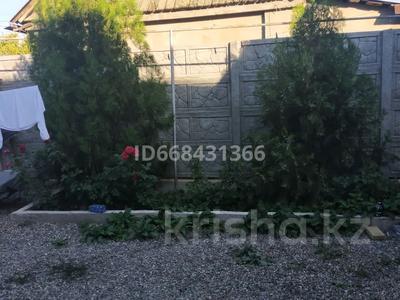 5-комнатный дом, 150 м², 8 сот., улица Водопьянова 14 — Балуан Шолак за 30 млн 〒 в Таразе