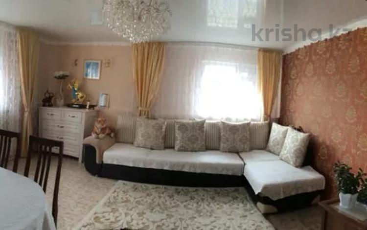 4-комнатный дом, 150 м², 15 сот., Набережная 36 — Д. Кунаева за 25 млн 〒 в Щучинске