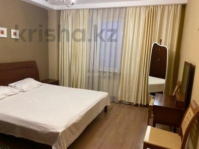 2-комнатная квартира, 75 м², 6/9 этаж посуточно, Сыганак 21/1 за 9 000 〒 в Нур-Султане (Астане), Есильский р-н