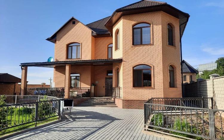 6-комнатный дом, 353 м², 10 сот., мкр Ерменсай, Талды 23 за 170 млн 〒 в Алматы, Бостандыкский р-н