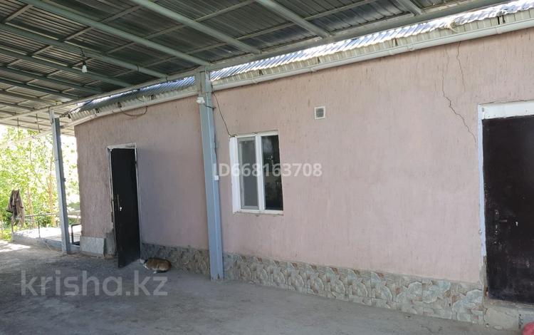 9-комнатный дом, 190 м², 10 сот., улица Саркырама 36 за 11 млн 〒 в