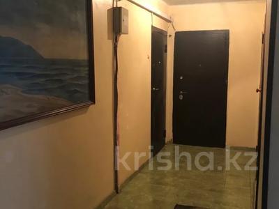 3-комнатная квартира, 68 м², 8/10 этаж, Ермекова 52 за 15 млн 〒 в Караганде, Казыбек би р-н