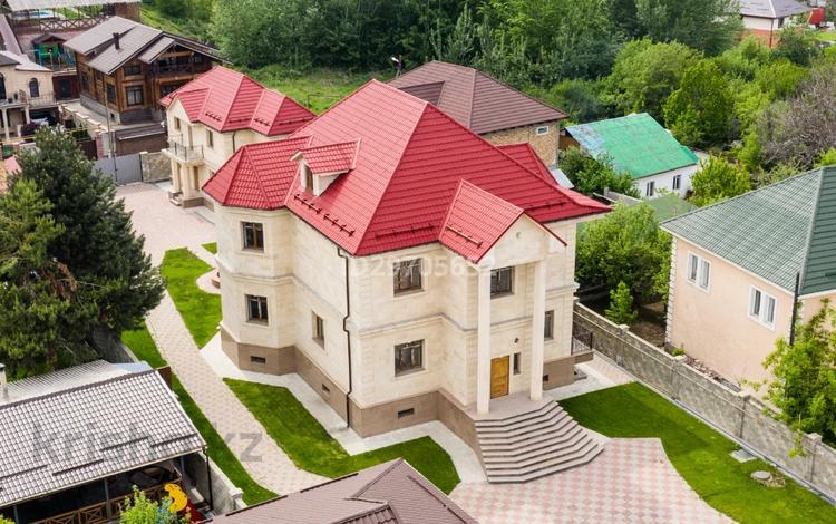12-комнатный дом, 580 м², 17 сот., мкр Каргалы — Нажимеденова за 275 млн 〒 в Алматы, Наурызбайский р-н