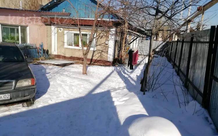 2-комнатный дом, 44 м², 2 сот., мкр Каргалы 2 за 20 млн 〒 в Алматы, Наурызбайский р-н