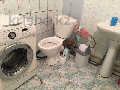 3-комнатная квартира, 65 м², 3/5 этаж посуточно, Махамбета 127 — Азаттык за 10 000 〒 в Атырау — фото 34