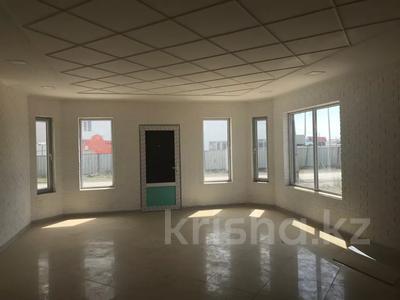 Здание, Мкр Мунайши 1 площадью 120 м² за 200 000 〒 в Атырау