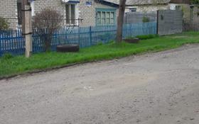 4-комнатный дом, 60 м², 6 сот., Тепличон за 10.5 млн 〒 в Петропавловске