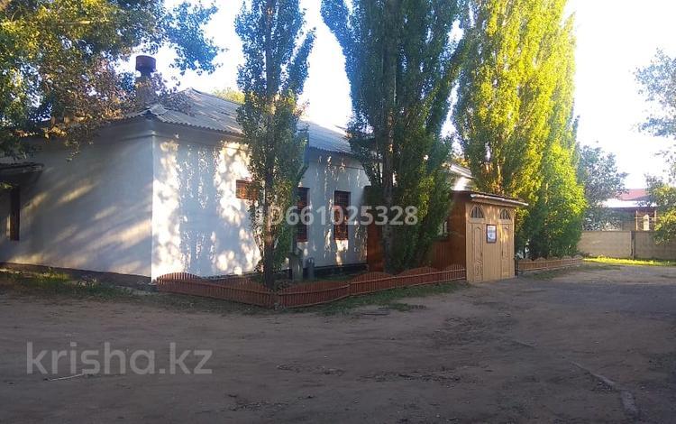 Здание, Бухар Жырау 179 площадью 460 м² за 1 500 〒 в Павлодаре