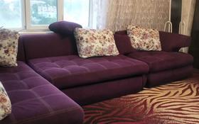 2-комнатная квартира, 56 м², 8/9 этаж помесячно, Таукехана 33 — Кунаева за 130 000 〒 в Шымкенте, Аль-Фарабийский р-н
