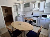 3-комнатная квартира, 124 м², 2/2 этаж помесячно