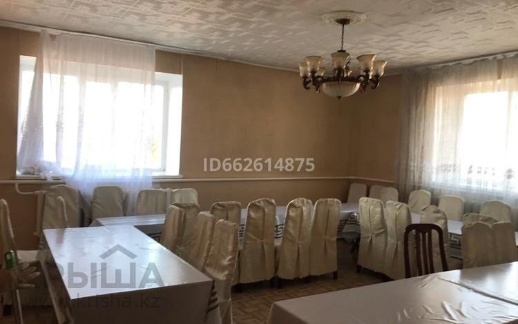 6-комнатный дом посуточно, 300 м², Кунгей за 50 000 〒 в Караганде, Казыбек би р-н