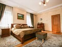 6-комнатный дом, 600 м², 18 сот.