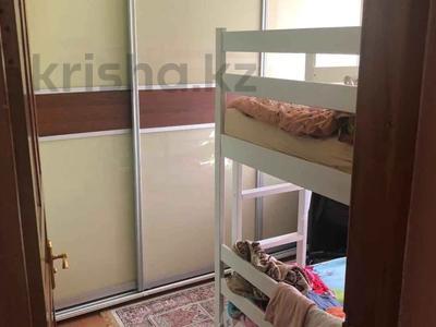 3-комнатная квартира, 56 м², 4/4 этаж, мкр Коктем-1, Мкр Коктем-1 22 за 21.5 млн 〒 в Алматы, Бостандыкский р-н — фото 2