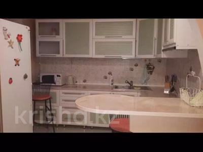 3-комнатная квартира, 68 м², 7/9 этаж посуточно, Комсомольский 35 — Димитрова за 7 000 〒 в Темиртау — фото 3
