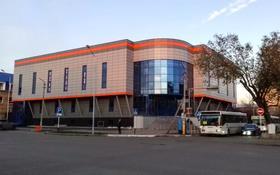 Магазин площадью 3500 м², Абая 169 — Пушкина за 7 000 〒 в Костанае