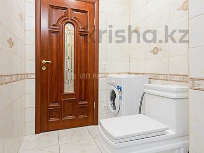 2-комнатная квартира, 48 м², 4/10 этаж посуточно, мкр Самал-2, Мкр Самал-2 дом 85. за 12 000 〒 в Алматы, Медеуский р-н — фото 21