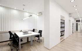 Офис площадью 25 м², проспект Бухар Жырау за 2 500 〒 в Караганде, Казыбек би р-н