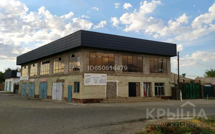 Здание, площадью 2000 м², Богенбаев 1 за 115 млн 〒 в Таразе