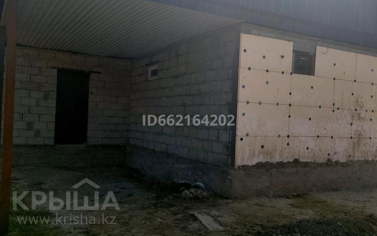5-комнатный дом, 120 м², Абая 7а — Рыскулова за 4.5 млн 〒 в Бауыржан Момышулы