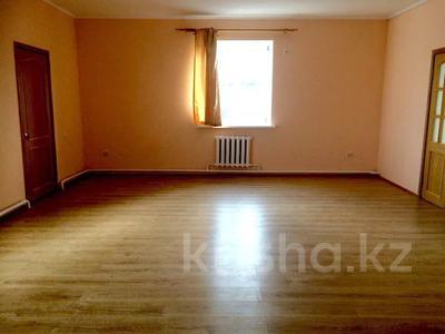 8-комнатный дом, 240 м², 23 сот., Момышулы 8 за 65.5 млн 〒 в Атырау — фото 17