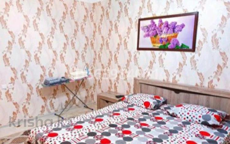 1-комнатная квартира, 45 м² посуточно, Пр.Абая 110/2 за 6 000 〒 в Уральске