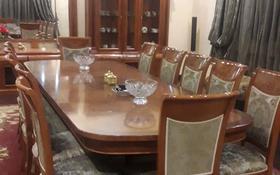 8-комнатный дом посуточно, 800 м², мкр Коктобе — Жанибекова за 80 000 〒 в Алматы, Медеуский р-н