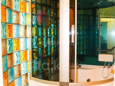 4-комнатная квартира, 206 м², 15/19 этаж, Курмангазы 145 — Муканова за 130 млн 〒 в Алматы, Алмалинский р-н — фото 22