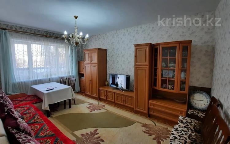 2-комнатная квартира, 62 м², 2/5 этаж, мкр Сайран, Утеген Батыра (Мате Залки) — Абая за 24 млн 〒 в Алматы, Ауэзовский р-н