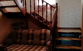 3-комнатный дом помесячно, 130 м², мкр. Алмагуль 71 — Абдрахманова за 180 000 〒 в Атырау, мкр. Алмагуль