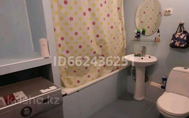 3 комнаты, 56 м², мкр №4, Мкр 4 12 за 50 000 〒 в Алматы, Ауэзовский р-н