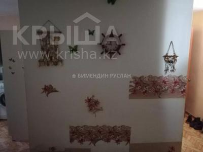 1-комнатная квартира, 30 м², 2/5 этаж помесячно, Амангельды Иманова 32 за 75 000 〒 в Нур-Султане (Астана), р-н Байконур — фото 4