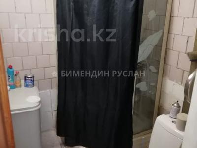 1-комнатная квартира, 30 м², 2/5 этаж помесячно, Амангельды Иманова 32 за 75 000 〒 в Нур-Султане (Астана), р-н Байконур — фото 8
