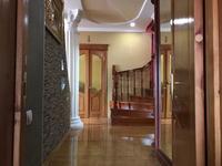 5-комнатный дом, 250 м², 12 сот.