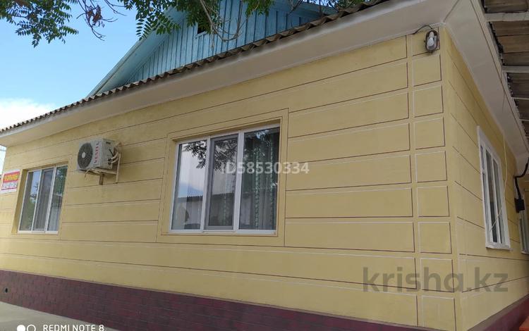 9-комнатный дом, 169 м², 6 сот., Меирбекова 6 — Амангелды за 15 млн 〒 в Жетысае